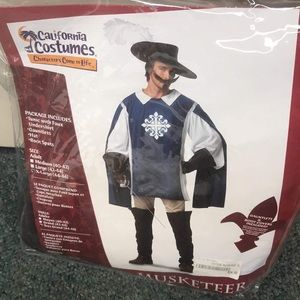 Other - Men's musketeer costume